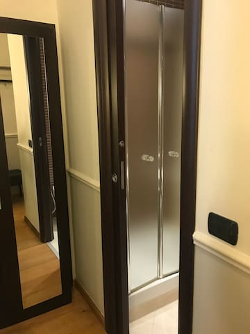 Beautiful Single room Storic Center of Rome,  A/C