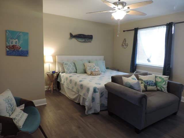 Beach Condo 12. Relaxation. Beach. Pool! - Biloxi - Condominium