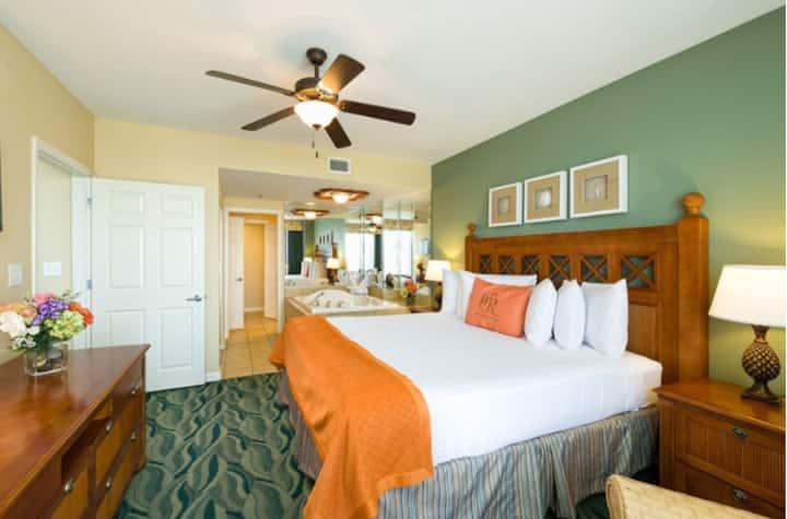 Luxury Direct Oceanfront 2BR&Balc