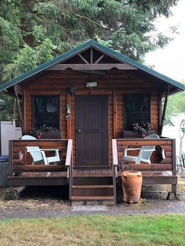Mill Creek Inn Wildlife Retreat Cabin #2