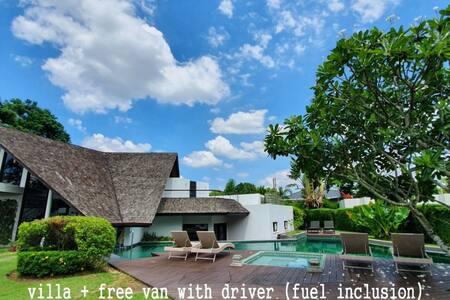 Luxury 4bedrooms private pool villa Resort