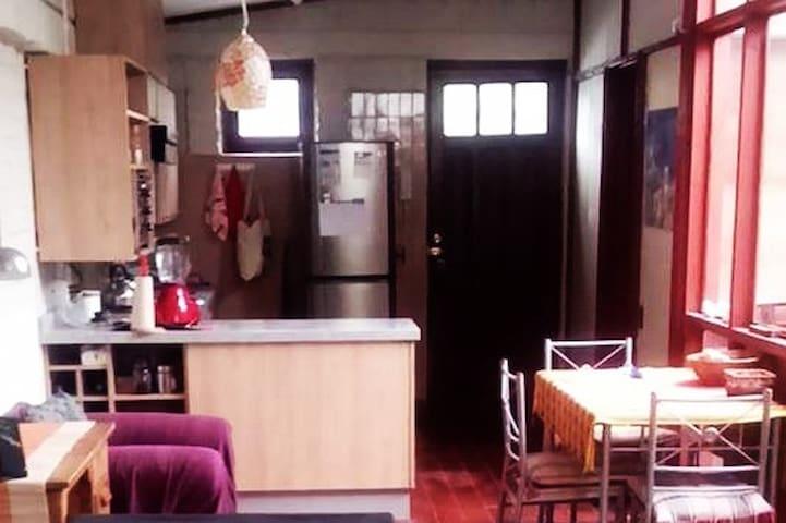 Pieza en casa de La Reina