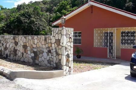 Boscobel Villa