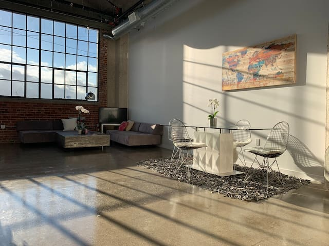 Loft in Arts District DTLA!
