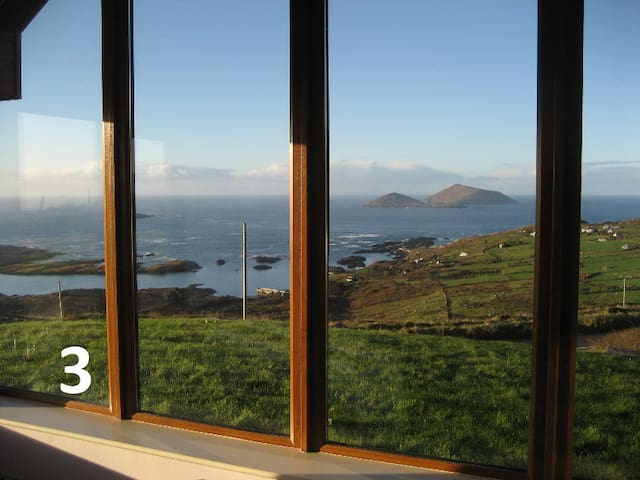 Best Ring of Kerry Views - Derrynane - Room 3 - Caherdaniel - Rumah