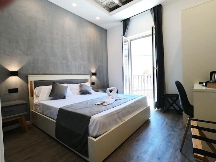 Cassaro A LOVELY ROOM FOR YOUR STAY IN PALERMO ​