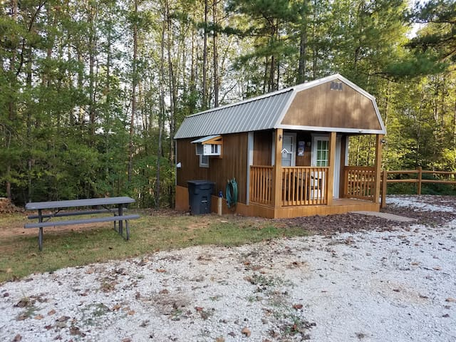 Tiny Cabin Country Living rentals Tanyard LCC