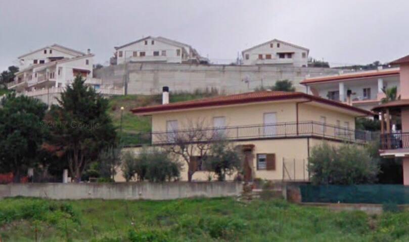Fabiano House
