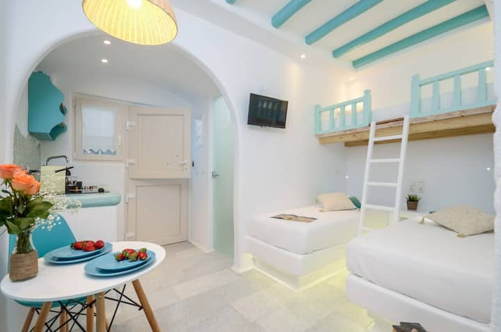 Naxian Breeze, Family Apartment on the beach!