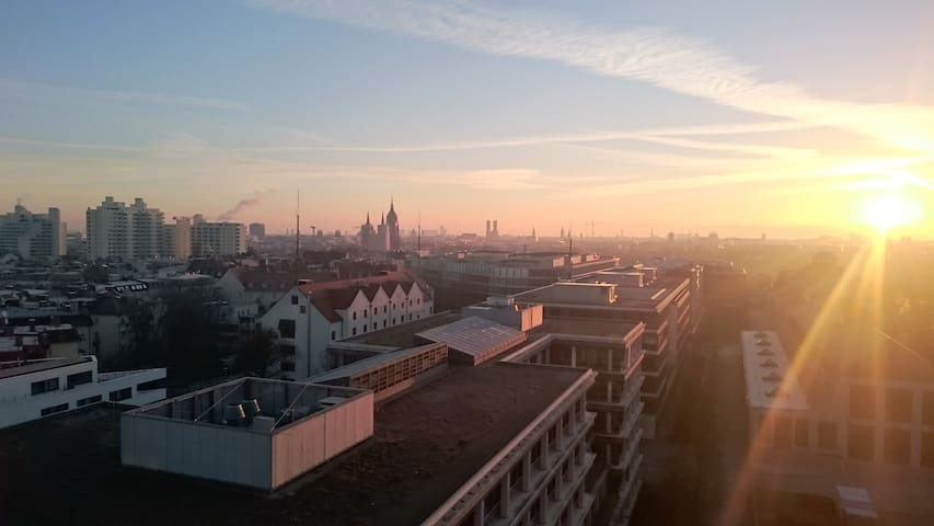 Over the roofs of Munich - Mnichov - Byt