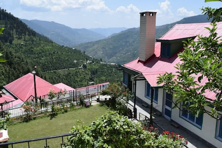 Himalayan Orchard Farm-stay - Rukhla - House
