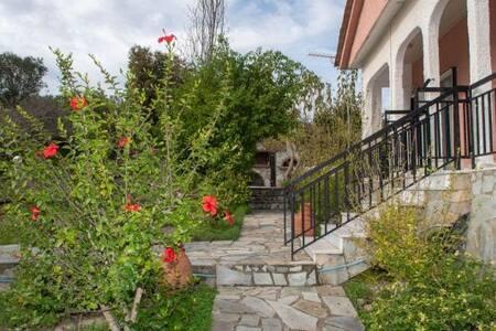 Farmhouse at Drakona, Chania
