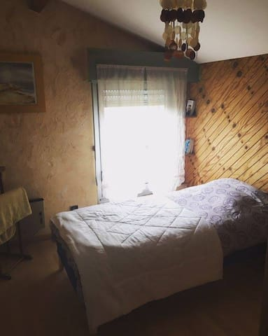 Chambre dans maison a la teste de buch - La Teste-de-Buch - House