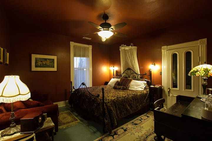 Columbia - Swantown Inn & Spa