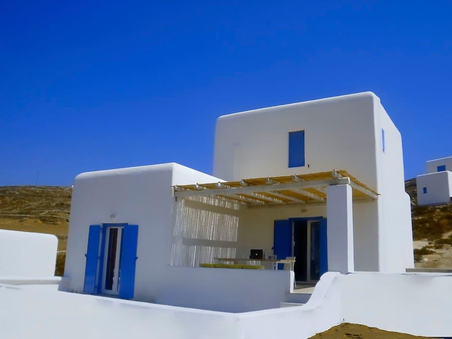 Brand New Houses & Studios - Electra Village !