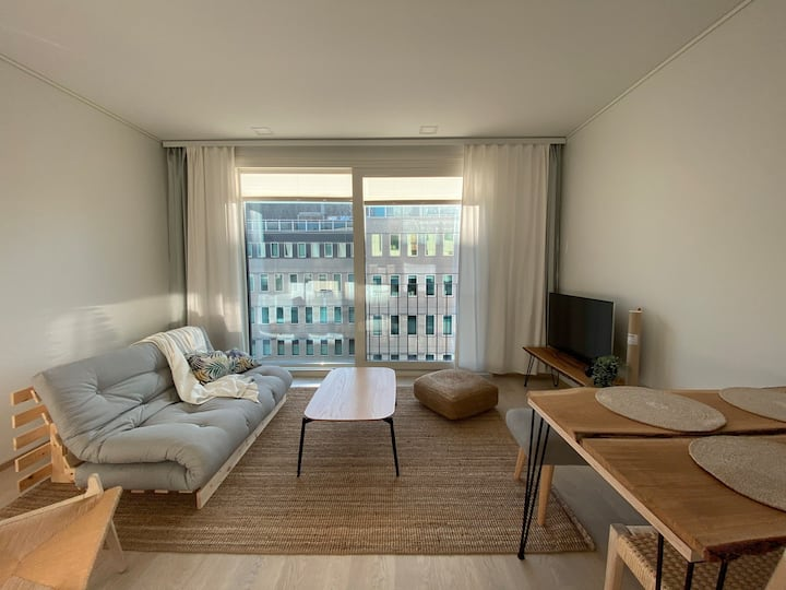 New City Apartment, 1 min from station