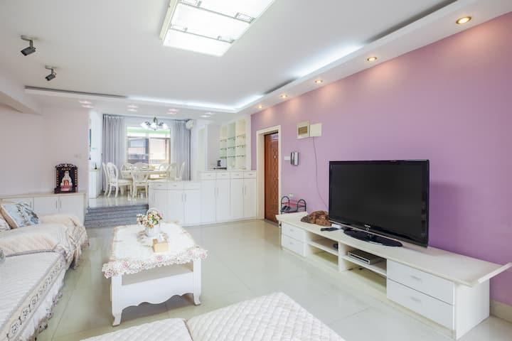 【紫茶】漓江边 步行象鼻山 私家车库 落地窗观景阳光电梯三房 琳雅公寓
