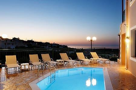 Villa NewCrete, glamorous & convenient - Ρέθυμνο