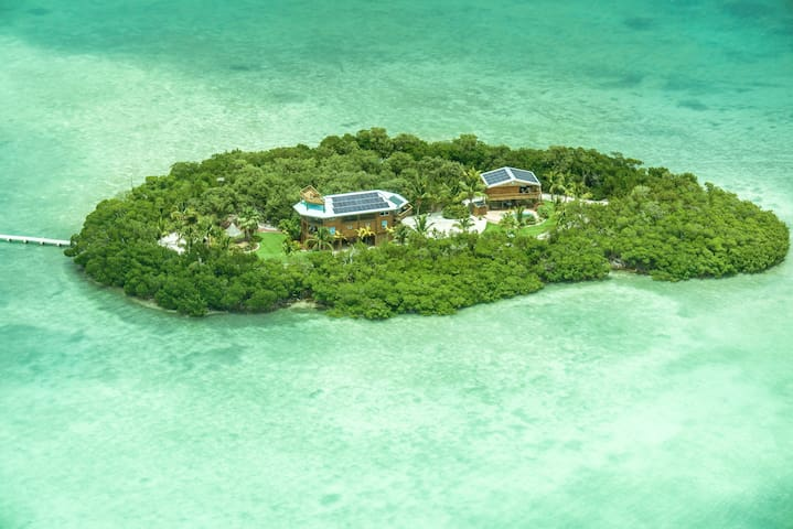 Private Island next to Key West - Summerland Key - Illa