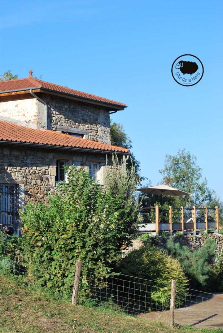 Gîte de LA NEIRA, maison en Toscane Auvergnate