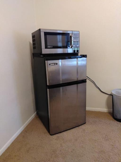 Mini-fridge & Microwave