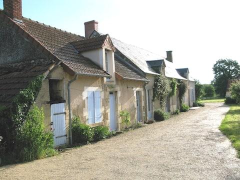 Jolie Longère Large Farmhouse Vakantieboerderij