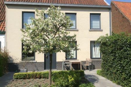 Landelijk genieten bij Brugge! - Beernem - Huis