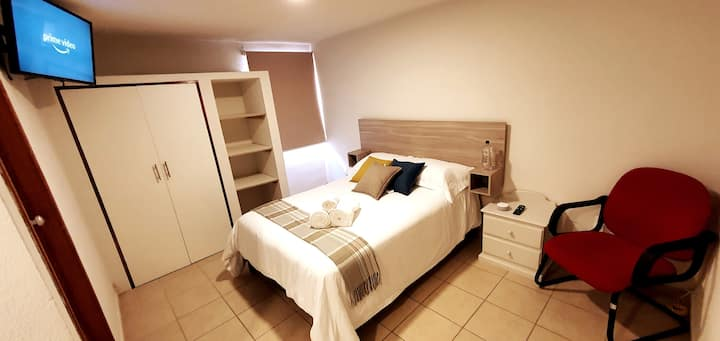 ⭐ Monaco room/ comfy and safe with parking/ 2per