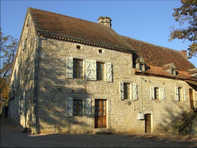 Grande maison quercynoise