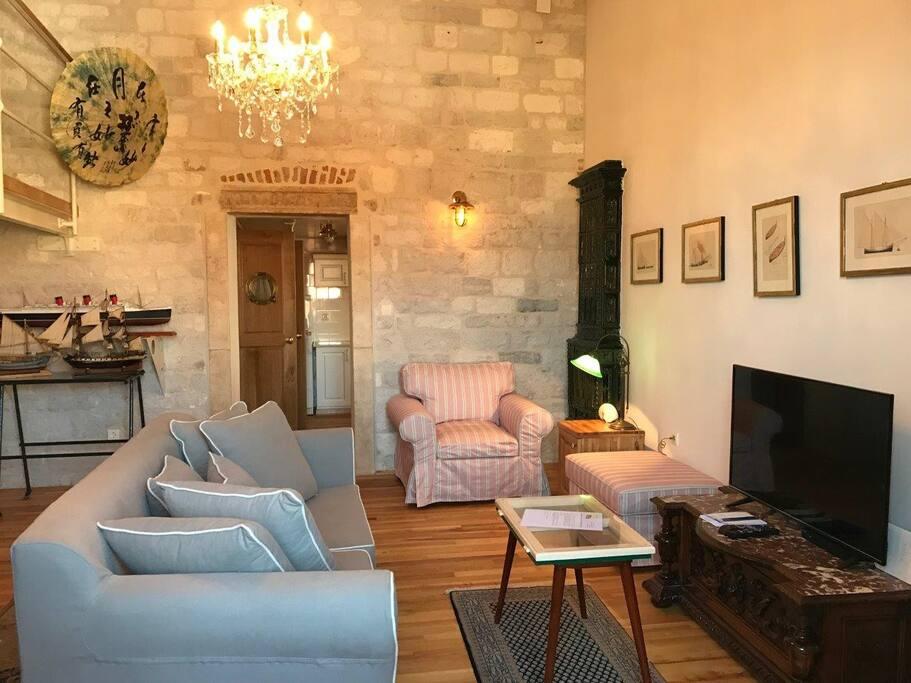Palazzo Apartment