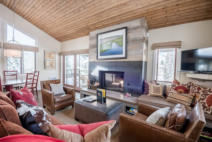 Third Floor Penthouse with Baldy Views and Sun Valley Resort Pool  | 3 Bedroom, 3 Bathroom