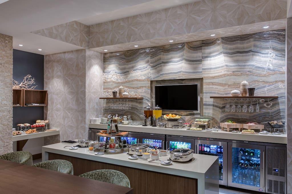 Breakfast buffet available with hot drinks throughout the day and dinner snacks!