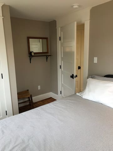 Dressing area in bedroom number 2