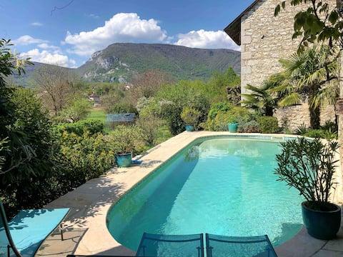 Charmerende buggy hus med privat pool,sauna
