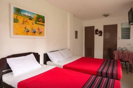 Private Garden Room 1 - Baguio - Bed & Breakfast