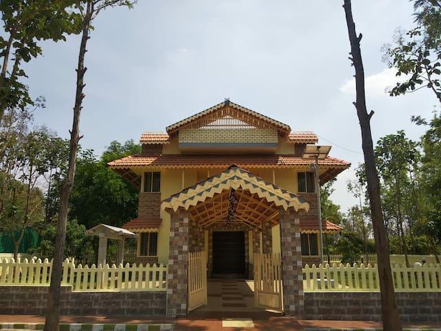 Private Villa 2 with Garden at Ankit Vista Resort