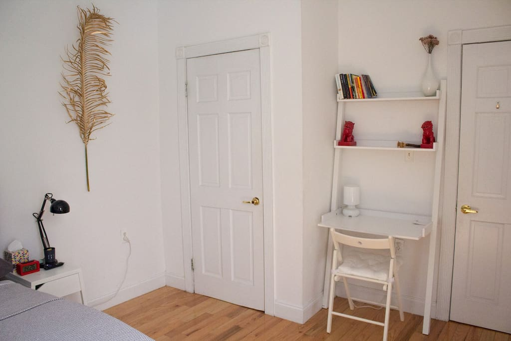 Closet has hangers, tiny air vaporizer, blowdryer, laundry basket (laundy is located in the basement of the building), house slippers, extra chair and a fold-out dining table.