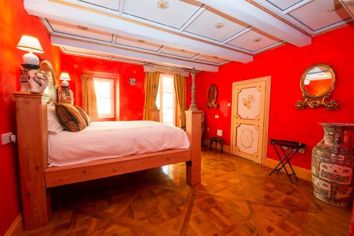 The Elephant Room at Casa Rocca Piccola