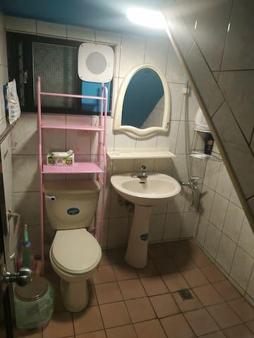 1F 前衛浴