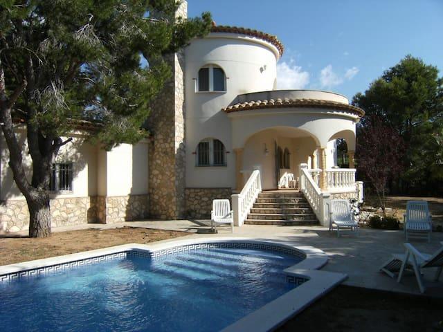 Villa accueillante à 300 mètres de la plage - Tres Calas - Villa