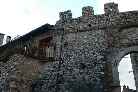 borgo nella sabina romana - Moricone