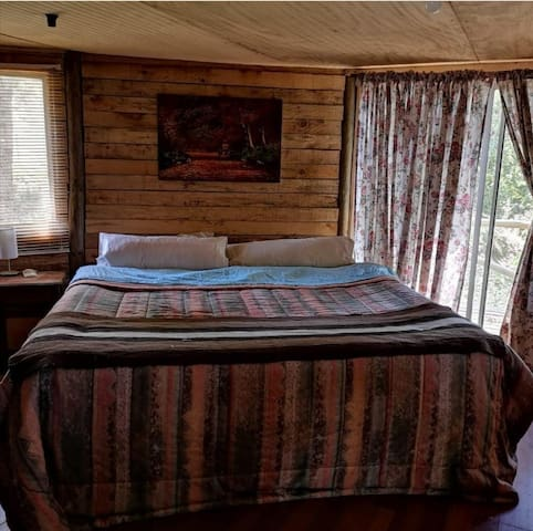 Habitación en casa rustica