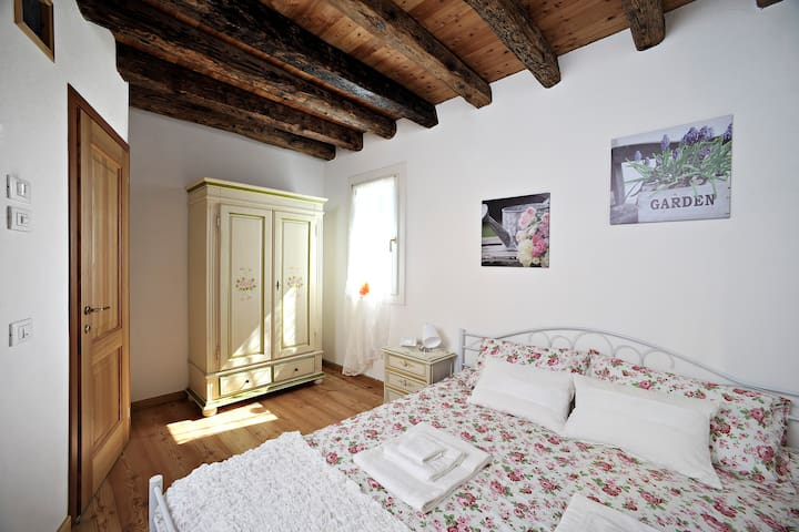 SISTEMAZIONE VICINO A VENEZIA - Carbonera - Bed & Breakfast