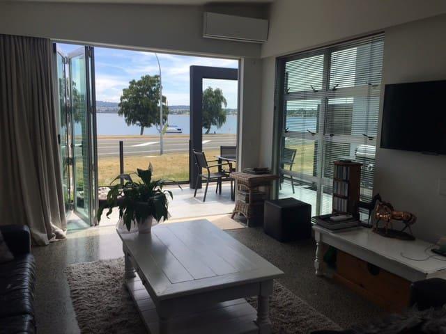 Lounge looking towards Lake