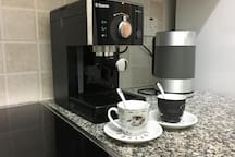 You can enjoy aromatic coffee without leaving your home Вы можете насладиться ароматным кофе, не выходя из дома