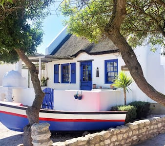 Azzuro Original Paternoster Cottage - Paternoster