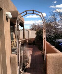 2bd 2bt N.W Downtown Townhome - Albuquerque - House