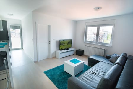 Apartment 4*- free parking - self service check-in