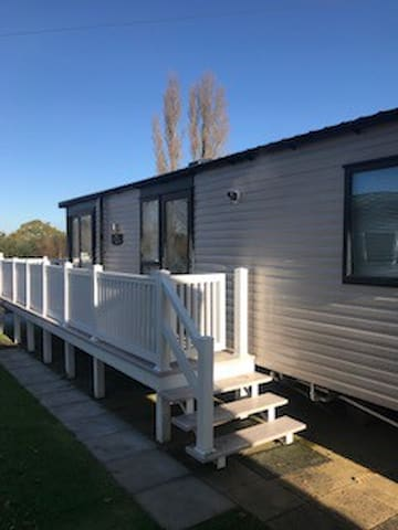 6 Berth Luxury Caravan Rockley Park Poole