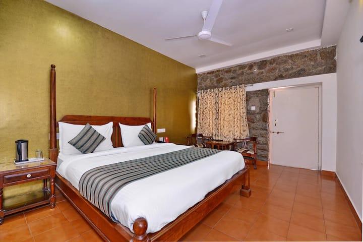 Hotel Gorbandh - Garden View Cottages